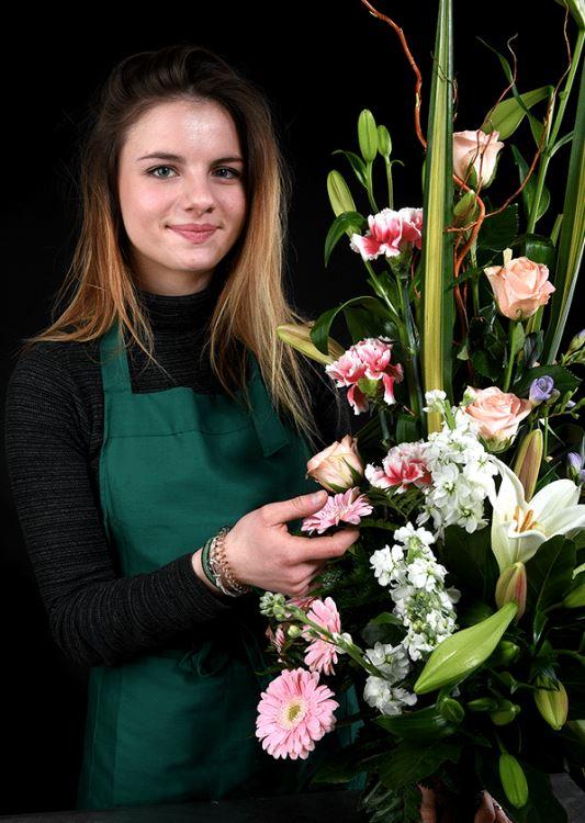 Soyez les bienvenues dans notre formation fleuriste, un métier d'artiste et un métier d'artisan. Vou...