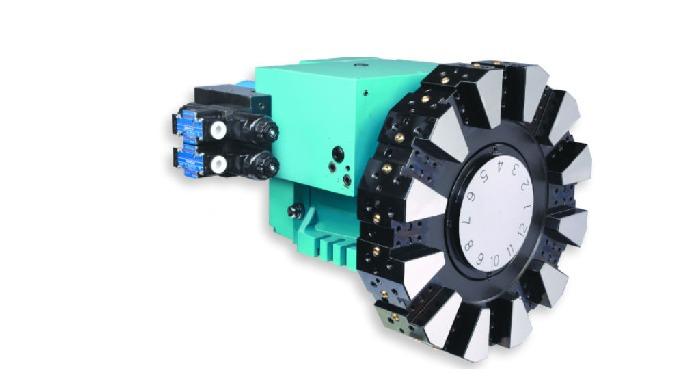 Torreta Hidráulica HTP · El funcionamiento hidráulico permite dar mayor rigidez y estabilidad durant...