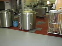 ATEMIT s.r.o. - dodavatel kvalitních průmyslových podlah. Součástí naší nabídky jsou i průmyslové po...
