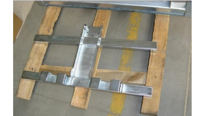 Welded frames and welded structures