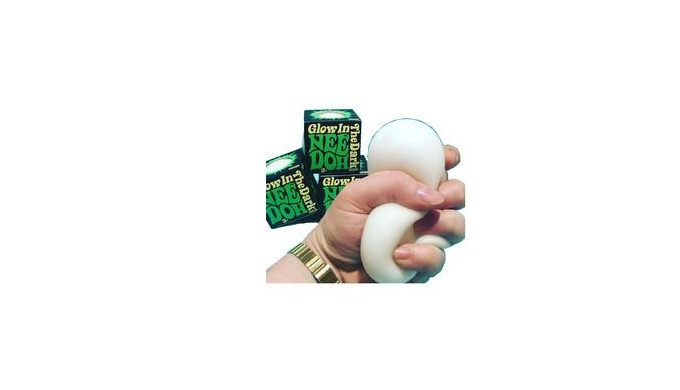 A cushion like soft feel Nee Doh that is no ordinary squeeze ball, but with an added glowing touch, ...