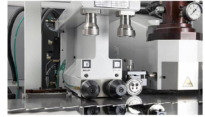 Somos fabricantes de sierras de cinta monocortes y bicortes de acero UDDEHOLM, a través de la cual g...