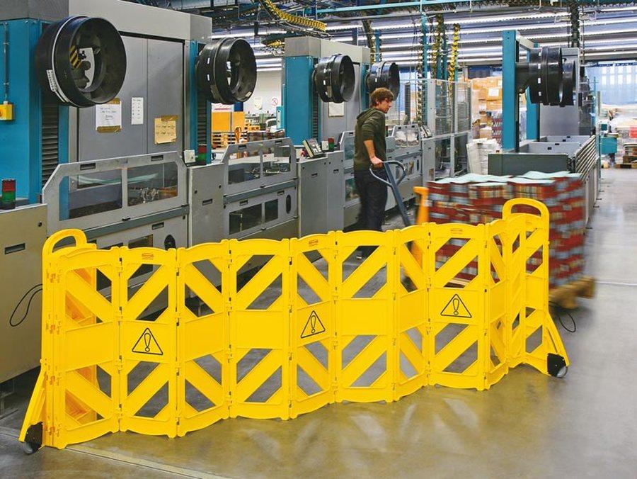 mit 16 beweglichen Elementen Aus hochwertigem Polyethylen 16 bewegliche Elemente Platzsparende Lager...