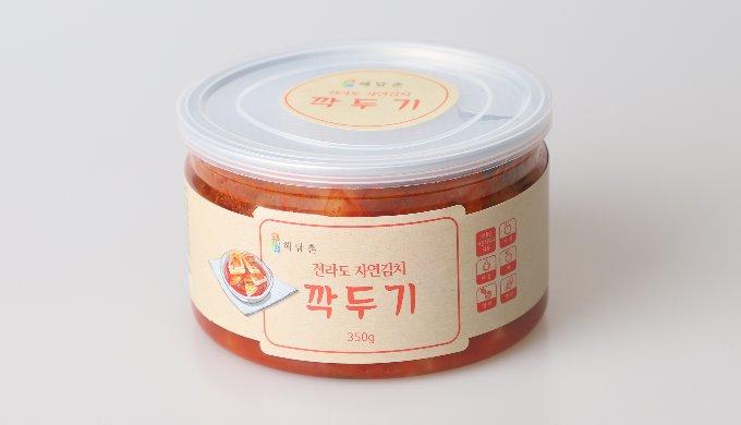 Canned kkakdugi
