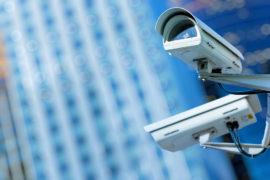 BEZPEČNOSTNÍ SYSTÉMY Udržujte svůj majetek v bezpečí a vybavte ho spolehlivým bezpečnostním systémem...