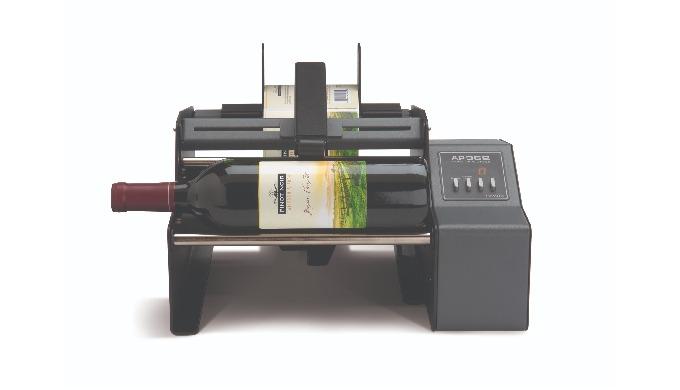 FlaschenetikettiererDie Etikettiermaschinen der Primera AP-Serie ermöglichen ein fast vollautomatisc...