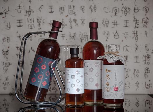 Superiority of Hongsam Myeongju Hongsam Myeonggju is a healthy fermented red ginseng root liquor, th...
