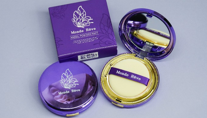 Angel Powder Pact Moisture Powder Compact