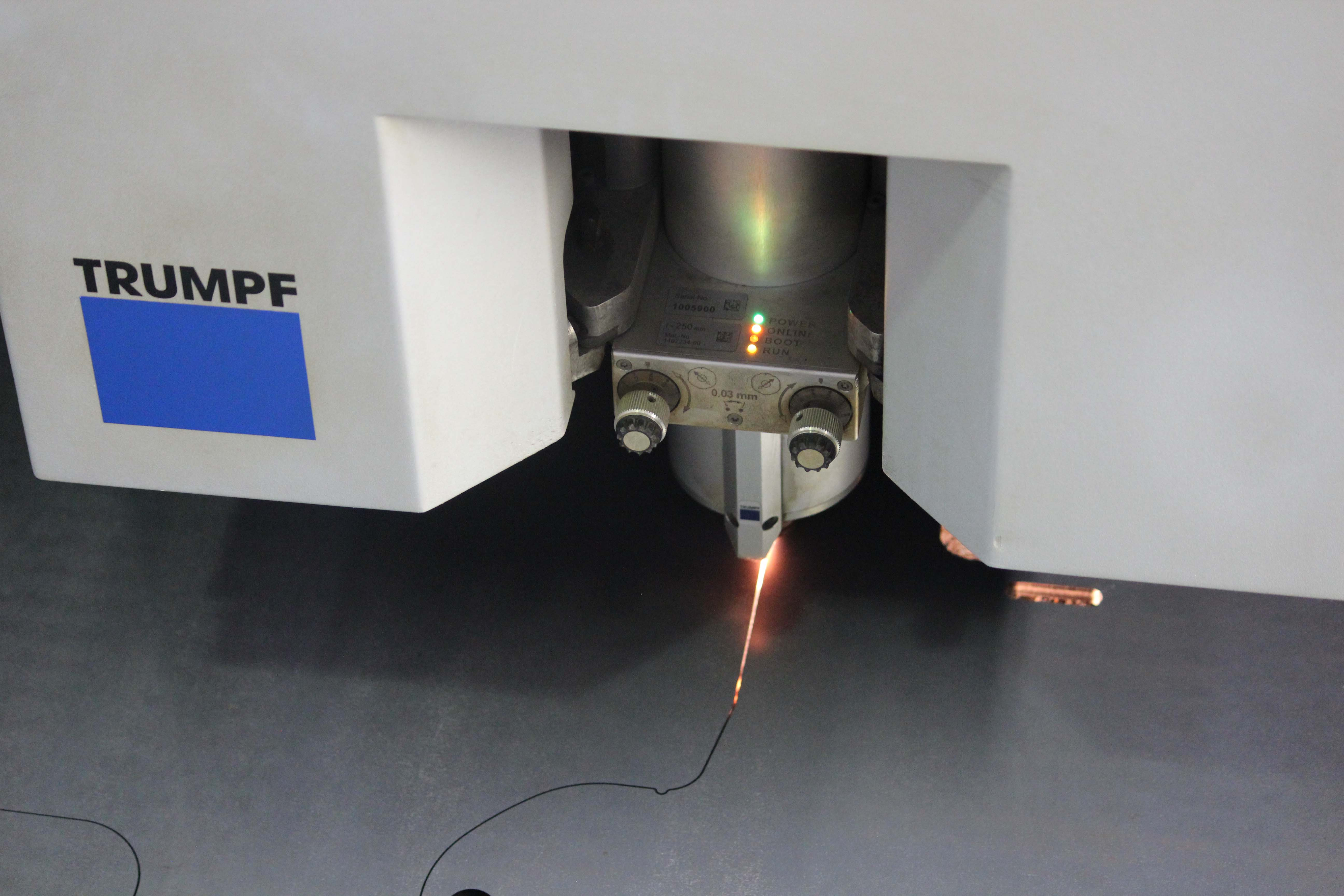 Laserové řezání - TRUMPF TruLaser 3030 (3,2 kW)