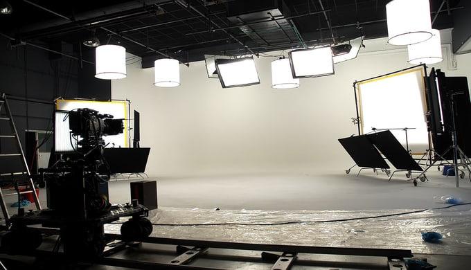 Wir produzieren mit neuester Technik in Standard Definition ( SD) oder High Definition (HD). Unsere ...
