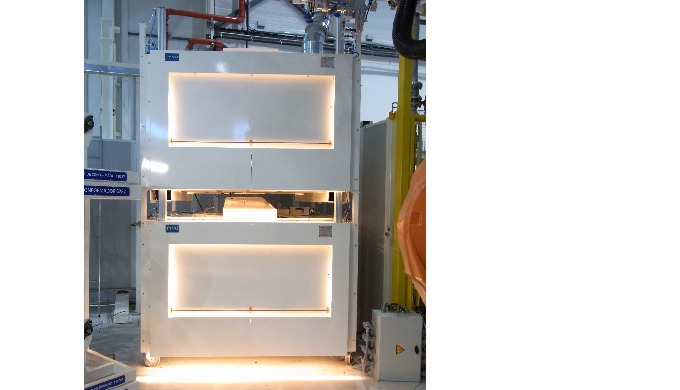 Radiants IRM ou IRC à basse inertie permettant un chauffage rapide et précis Panneau multizone pour ...