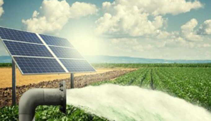 Le pompage au fil du soleil se caractérise par un débit variable tout au long de la journée. Dès l'a...