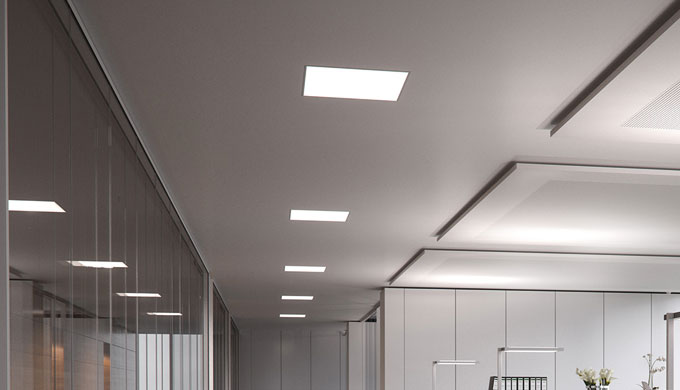 • Apparecchio d'illuminazione a incasso LED per l'illuminazione di postazioni di lavoro e di ambient...