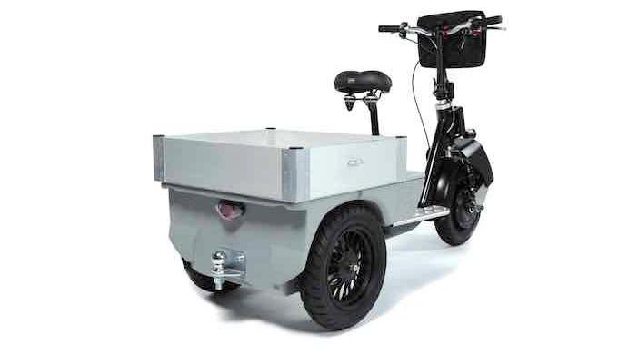Cobrane est un tricycle professionnel permettant la obilité sur les grands sites pour une personne e...