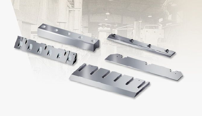 Cutting tools for woodworking industry