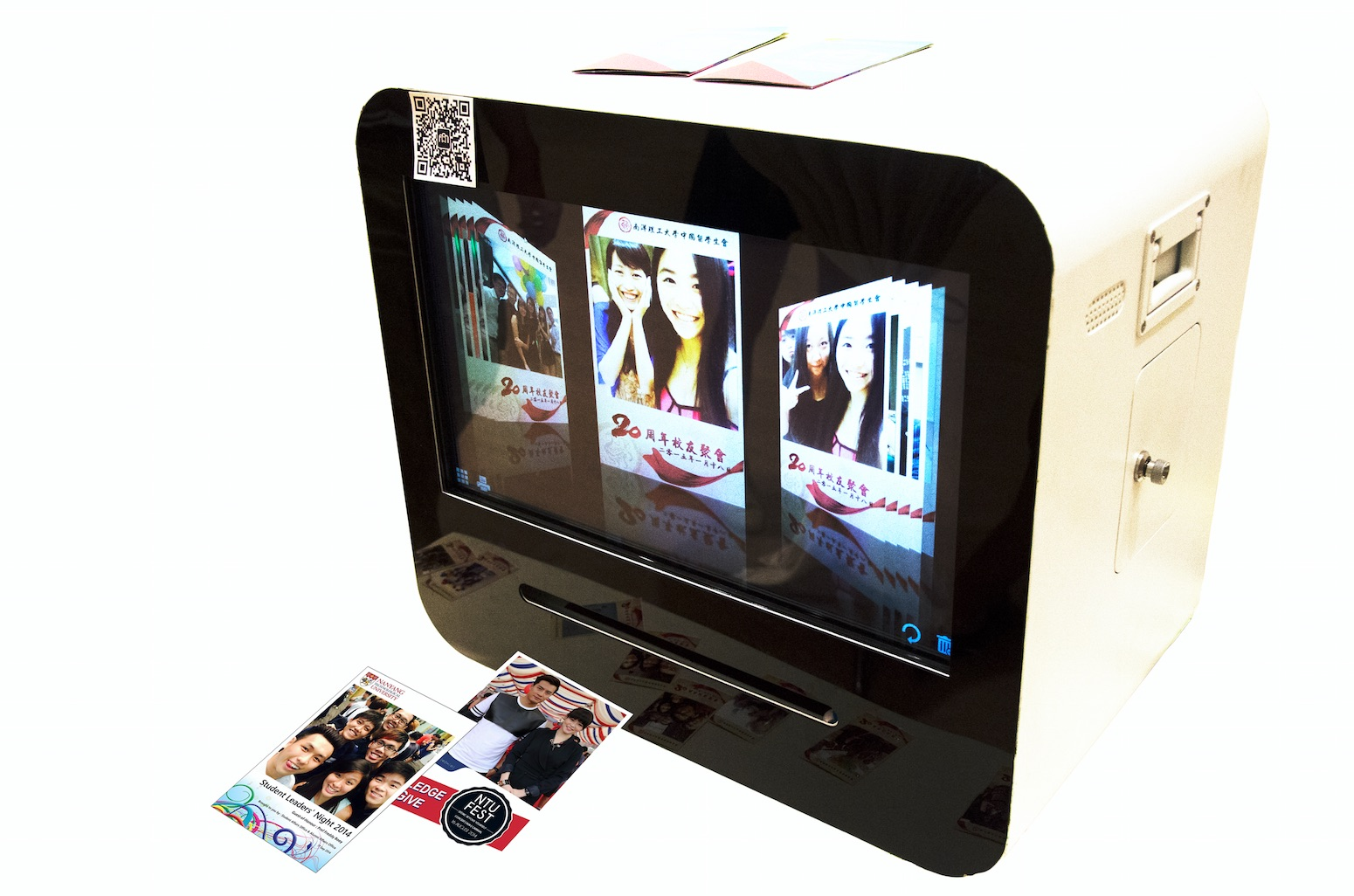 All-Round Social Media Photo Booth! Instantly get your photo within 20 seconds. Now you have new pho...
