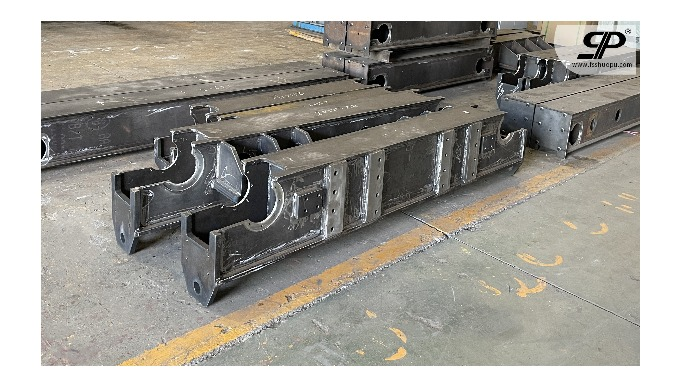 OEM Steel manufacturing and welding boom for ship crane 1. steel plate: thickness is not limited -- ...