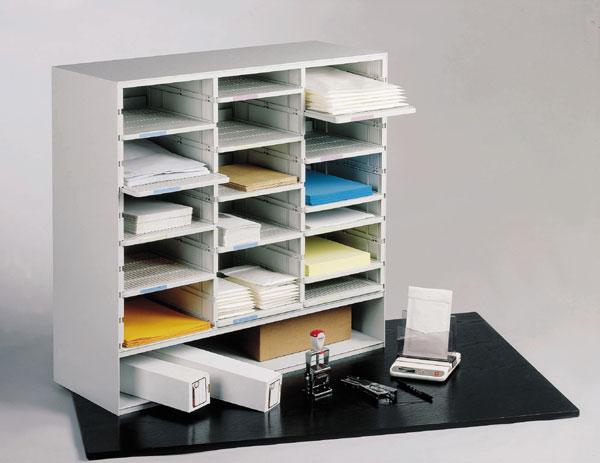 Utilisation dans des bureaux, des centres de documention ou des médiathèques pour le tri du courrier...