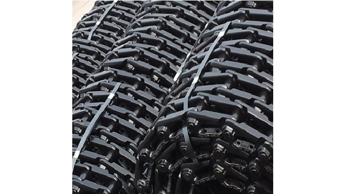 Powertrac track chains available from PITCH 90 to 280mm. Fully availble with HITACHI, VOLVO, DOOSAN,...