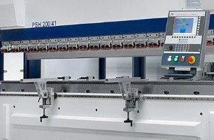 Tváření, ohraňování, stříhání, technologie Flowdrill - ohraňování do 3 metrů (270 t)- stříhání do 3 ...