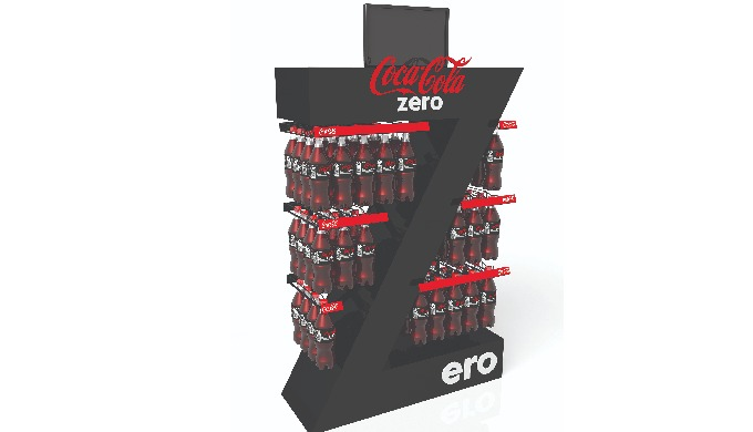 Stojka Coca Cola Zero-orginalny kształt zwraca uwage spragnionych klientów. Na stojaku Coca Cola Zer...