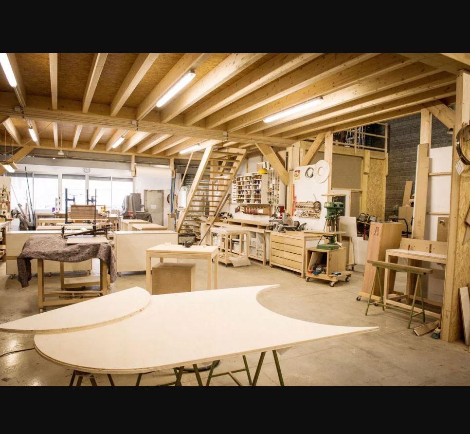 KONEKTO, spécialiste de l'installation mobilier, propose un accompagnement sur mesure pour apporter ...