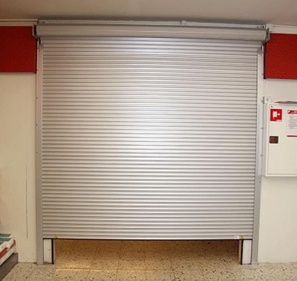 Rullejalousi Safe 4000 type 40 er et dobbeltvægget kompakt rullejalousi, der anvendes, hvor man ønsk...