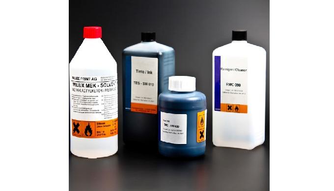 Ink-Jet Patronen und Tinten werden benötigt, um Ausdrucke mit einem Tintenstrahldrucker zu erstellen...