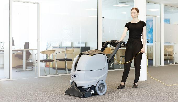 Avec l'ES300, Nilfisk entre dans une nouvelle ère du nettoyage de tapis. Idéale pour le nettoyage (p...