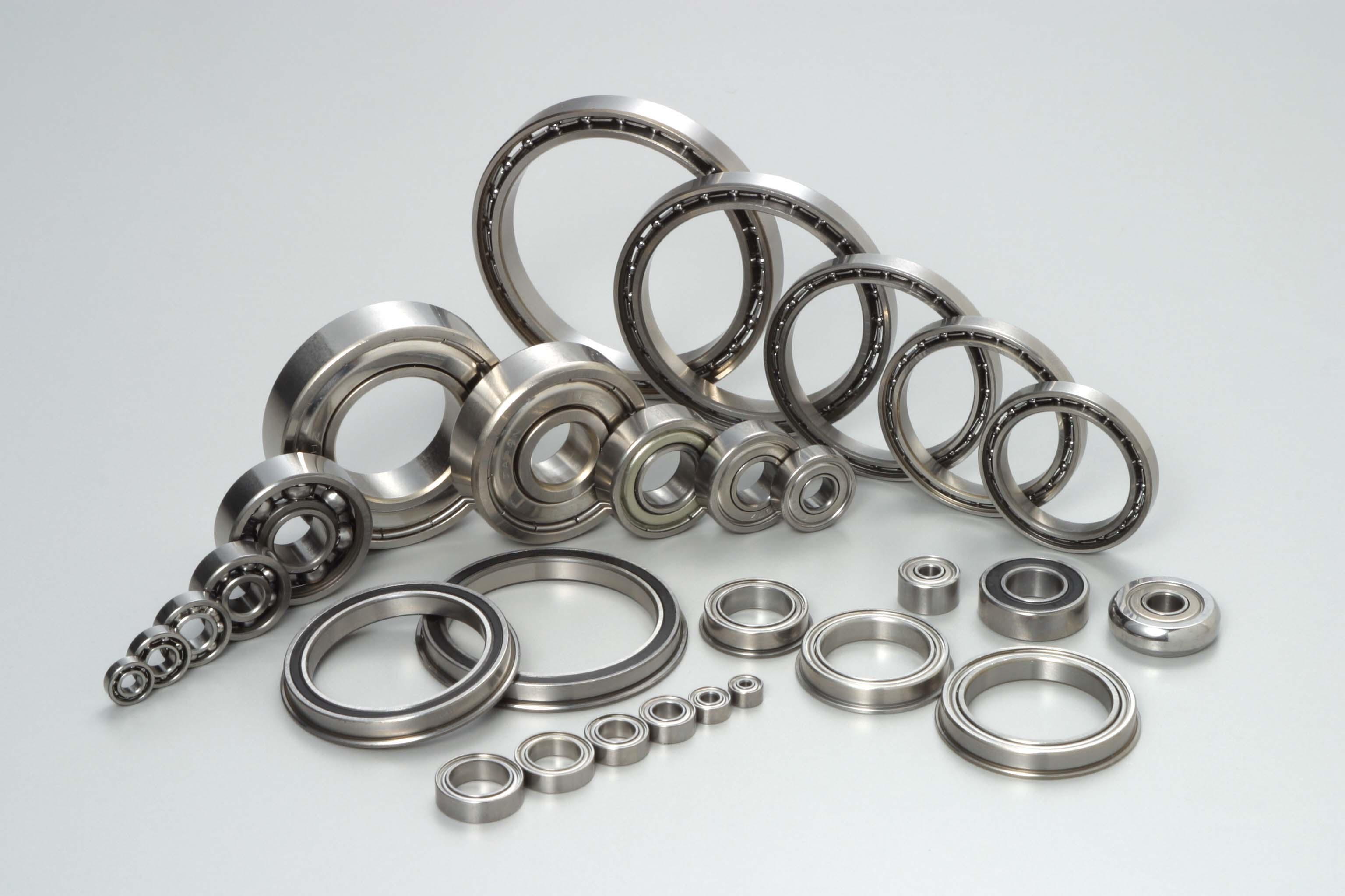 Nos différentes gammes de roulements: Les roulements MINIATURESAcier ou Inox. Cylindrique et à colle...