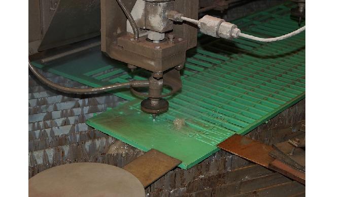 JKP Produktion, Vandskæring plast