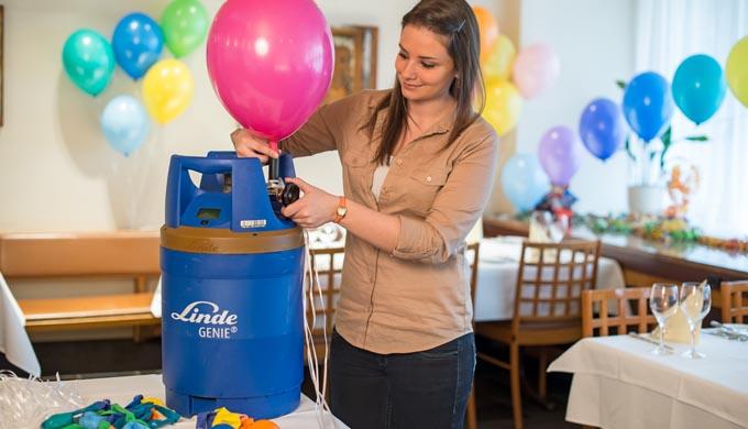 Ob zur Hochzeit, zur Gartenparty oder zum Geburtstag, als Werbeträger zur Geschäftseröffnung, bei We...