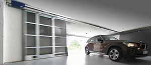 Je nach Land, bietet Ihnen Gilgen Door Systems vom Antrieb bis zum kompletten Tor, die Produkte/Dien...