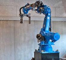Interessen for at bruge robotter er stærkt stigende over hele landet, da robotterne er blevet billig...