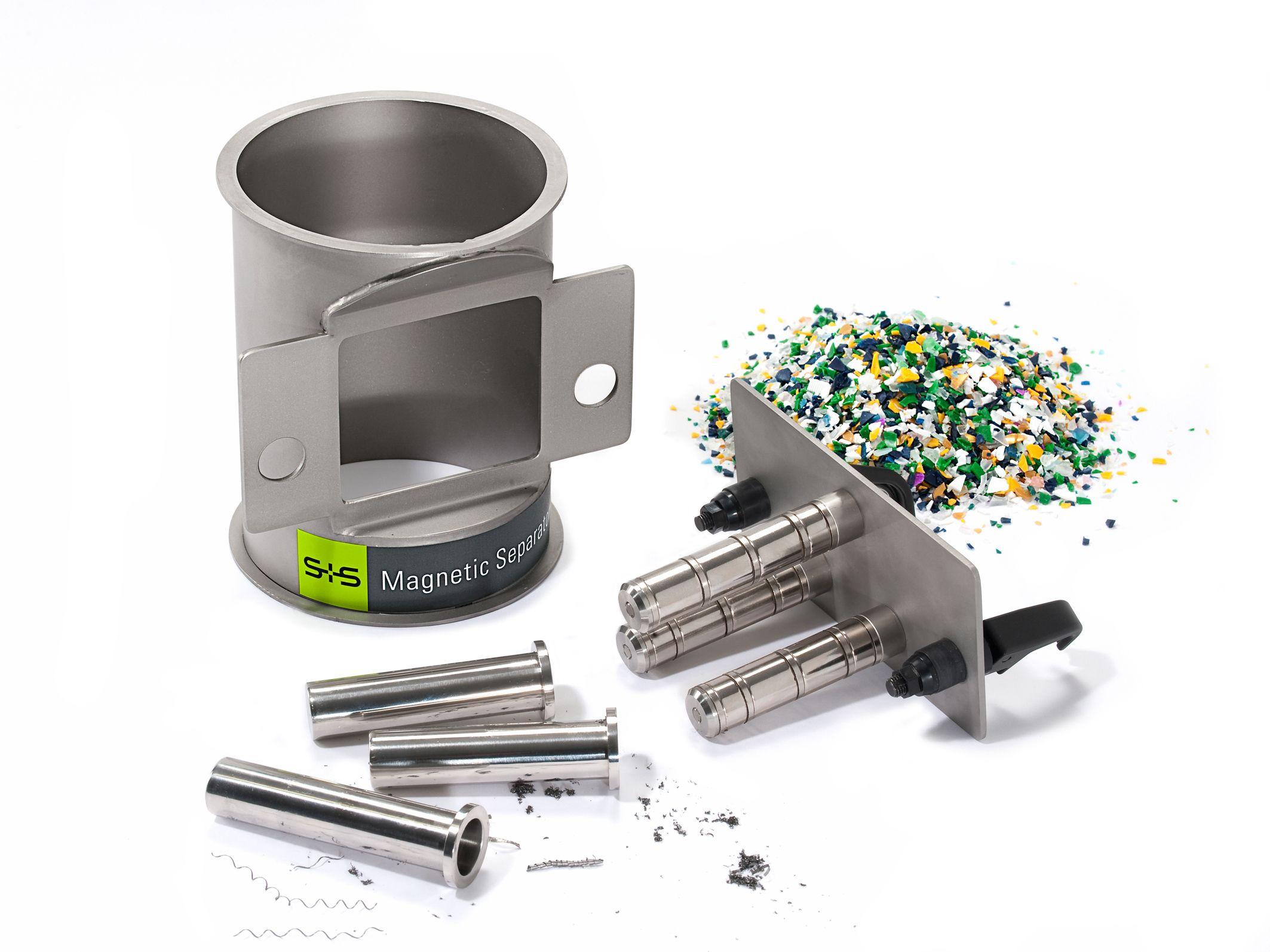 Vid bearbetning och hantering av material som plast kan en enda metallpartikel orsaka stora skador p...