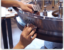 Metallfogning är en kontrollerad process som används för att förena metaller. Det finns många sorter...
