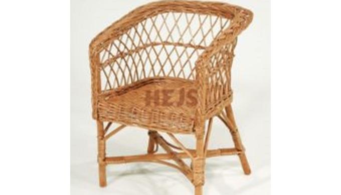 Krzesełka wiklinowe plecione ręcznie , meble dziecięce z wikliny