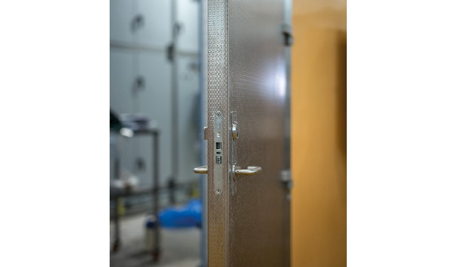 APPROVED AND CE MARKED FIRE DOORS FIRE DOORS According to new rules per 1 November 2019, all externa...