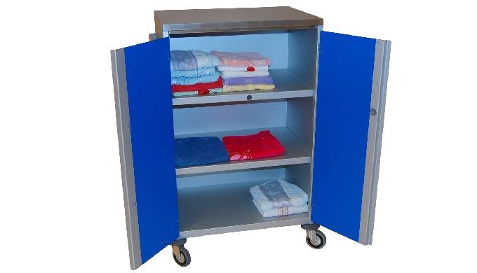 Produit : Armoire de change Armoire en aluminium en 3 côtés qui contient : - 2 étagères dont 3 nivea...