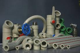 Plastové vodovodní polypropylenové trubky a fitinky