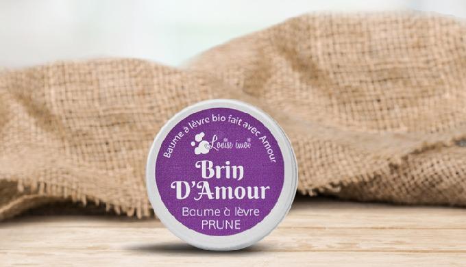 BAUME À LÈVRES Un baume à lèvres idéal pour l'hiver et pour en prendre soin pendant toute l'année. U...