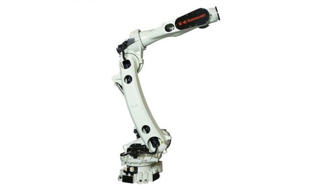 Die neue Allzweck-grossroboter der CX Serie sind mit einem leichten und großen Arm mit Hohlstruktur ...