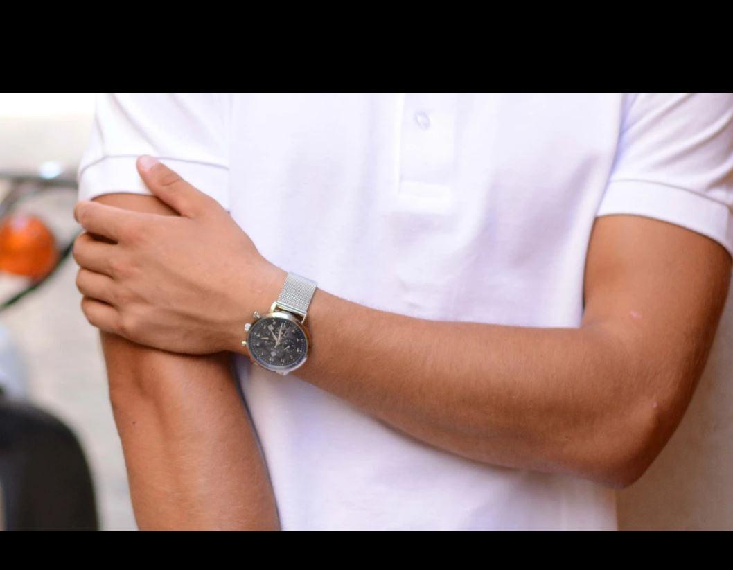 Hilal Watches vous propose le Awla qui signifie la première : un modèle qui illustre avec force nôtr...