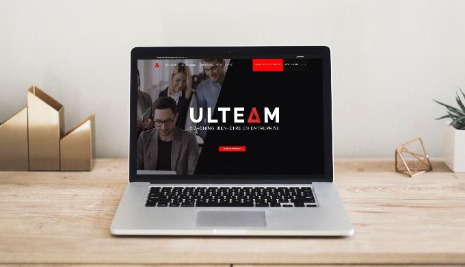 Du simple site explicatif, au site web développé sur mesure, on s'occupe de tout : Design, Responsiv...