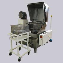 Stroje na odmašťování kovových dílů a součástek