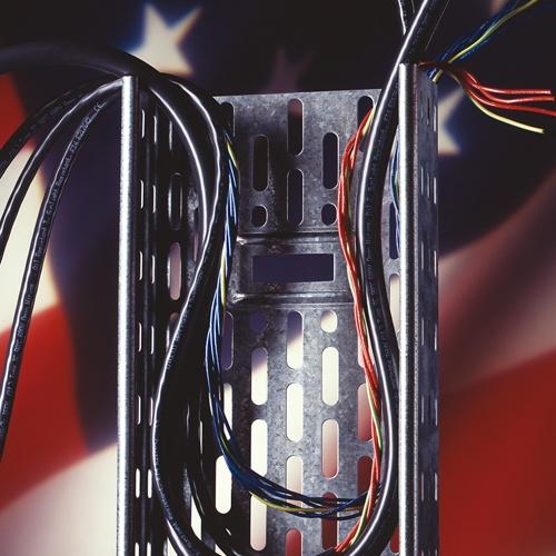 Tray Cables sind Leitungen, die speziell für Verlegung in Kabelpritschen und Kabelkanälen nach UL 12...