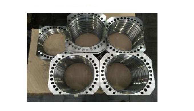 Kvalitní a přesné CNC SOUSTRUŽENÍ A FRÉZOVÁNÍ
