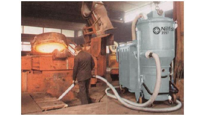 Pour un usage très intensif et continu. L'aspirateur 3 HP peut servir de base à un système d'aspirat...