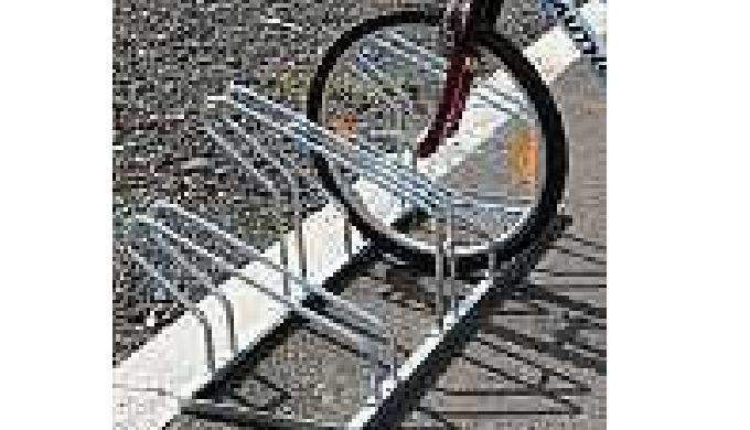 Kovové stojany na kola