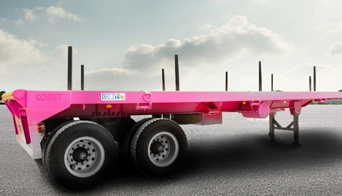 La semi-remorque plateau pétrolier COMET est dédiée au transport spécifique de divers équipements pé...